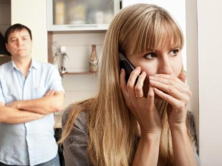 5 σημάδια απιστίας που δεν πρέπει να αγνοήσετε